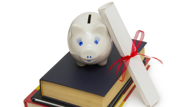 Piggy bank stacked on books for college saving plans and college savings calculator